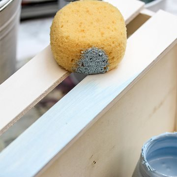 Use a sponge to apply the paint